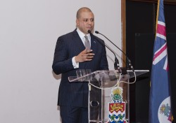 Minister: Technology Is Positive for Both Financial and Social Services