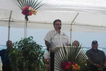 Mr Larry Foster declares the Little Cayman Agriculture Show 'Open'