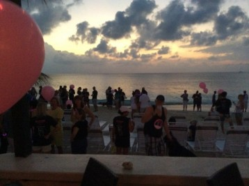 Breast-Cancer-Foundation-5th-Annual-Beach-Walk---'Light-Up-The-Night'---4